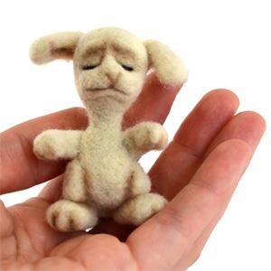 Dollyland. Заяц (скульптурный войлок).