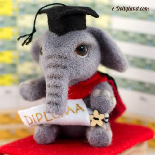 Dollyland. Слон учёный (скульптурный войлок).